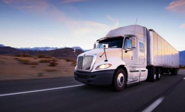 truck freight hauling